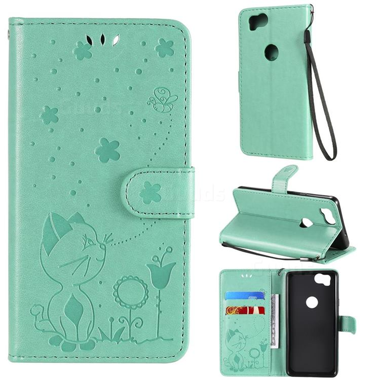 Embossing Bee and Cat Leather Wallet Case for Google Pixel 2 - Green