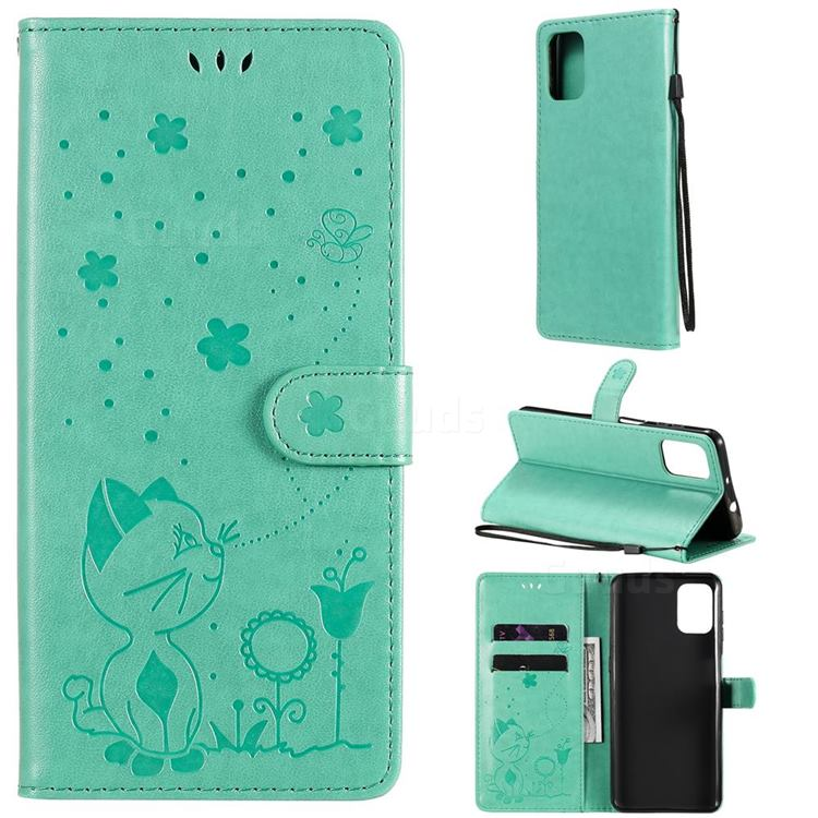 Embossing Bee and Cat Leather Wallet Case for Motorola Moto G9 Plus - Green