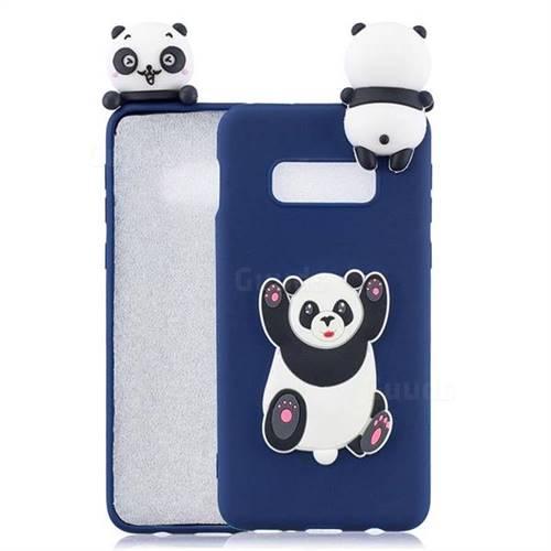 Giant Panda Soft 3D Climbing Doll Soft Case for Samsung Galaxy S10e (5.8 inch)