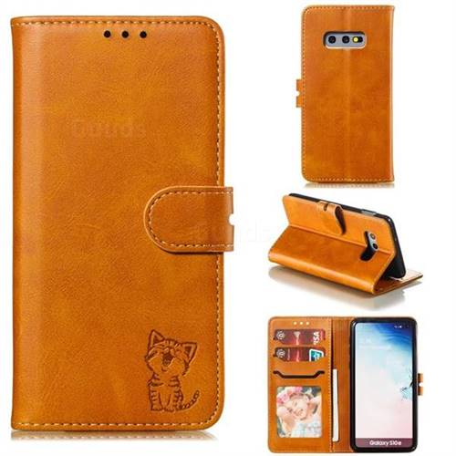 Embossing Happy Cat Leather Wallet Case for Samsung Galaxy S10e (5.8 inch) - Yellow