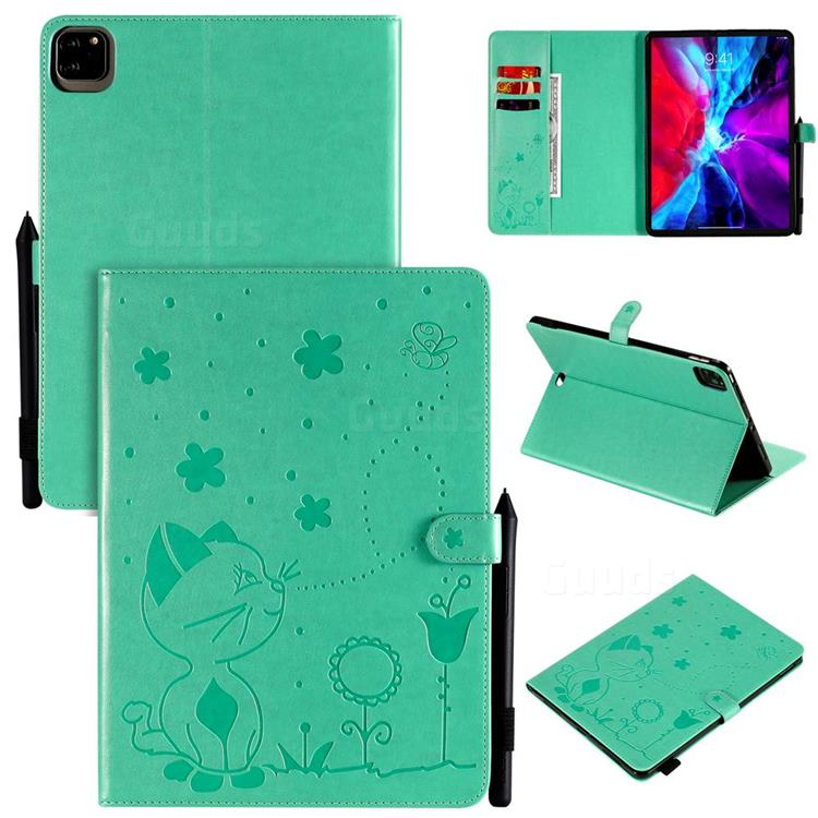 Embossing Bee and Cat Leather Flip Cover for Apple iPad Pro 11 (2020) - Green