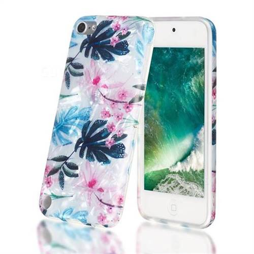 Flowers and Leaves Shell Pattern Clear Bumper Glossy Rubber Silicone Phone Case for iPod Touch 5 6
